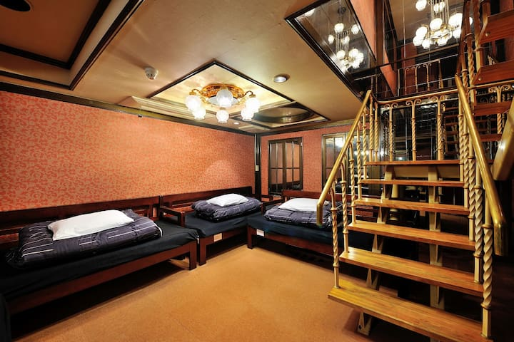 ASAKUSA/PARTY MAISONETTE/4 BEDS PRIVATE!