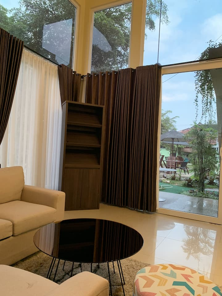 Cozy Famili Villa Pondok Bu Embay & Private Pool