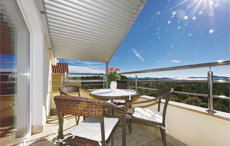 Holiday apartment with 1 bedroom on 37m² in Vodice