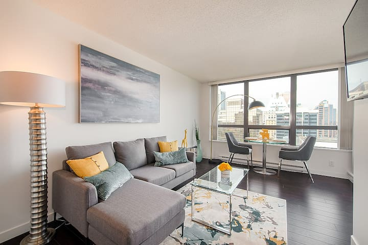 Furnished 1 bedroom unit in the heart of the city!