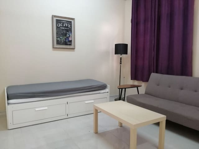3 Bedrooms Entire Apartment near to Mutrah & Ruwi