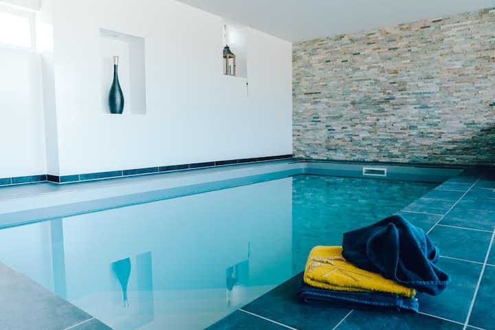 Gite proche Reims piscine intérieure chauffée