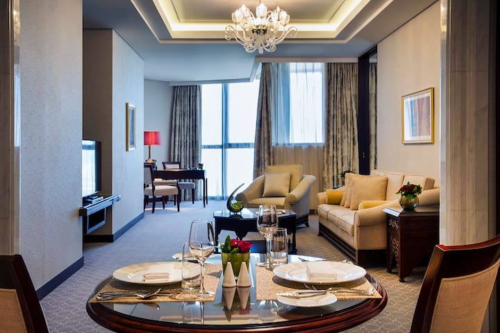 Deluxe Suite overlooking Presidential Palace AUH