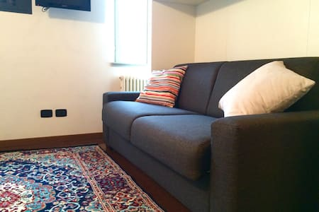 Cute and Central STUDIO - Apartemen