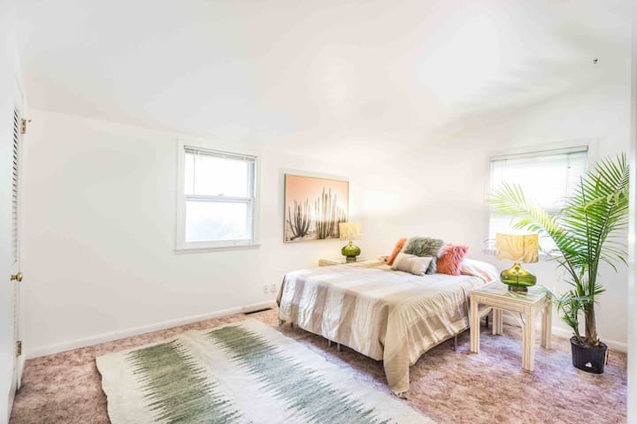Bedroom features 1000 thread count sheets, plush cool pillows and a new Casper memory foam mattress.