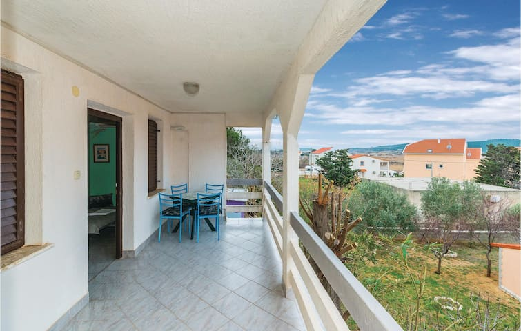 Holiday apartment with 1 bedroom on 39 m² CKP789