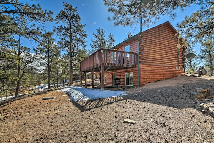 NEW! Secluded Cabin w/Deck - Near Pike Ntl. Forest