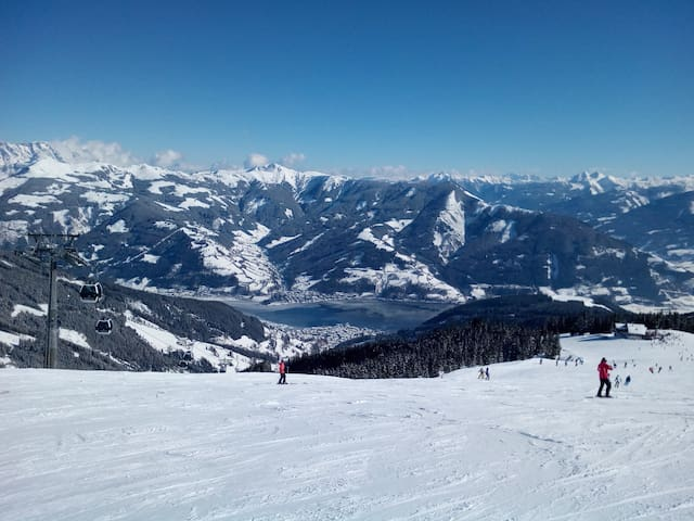 Zell am See with Lake View ('City Xpress' nearby)