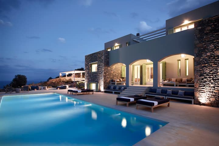 Exclusive villa for demanding holidays in privacy