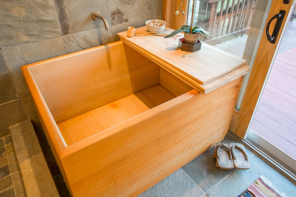The hinoki (Japanese cedar) soaking tub is a great way to relax after a shower.