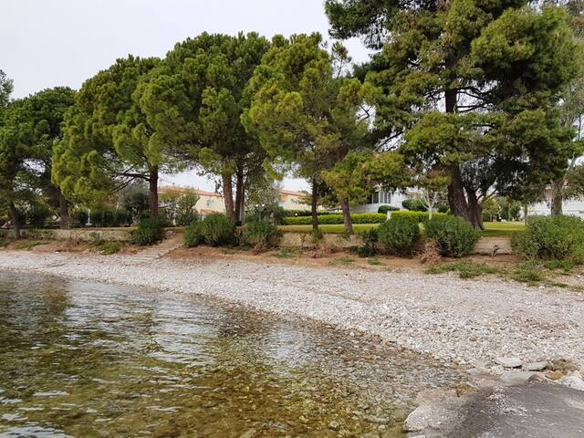 Villa by the beach in Evia - Eretria - Condominium