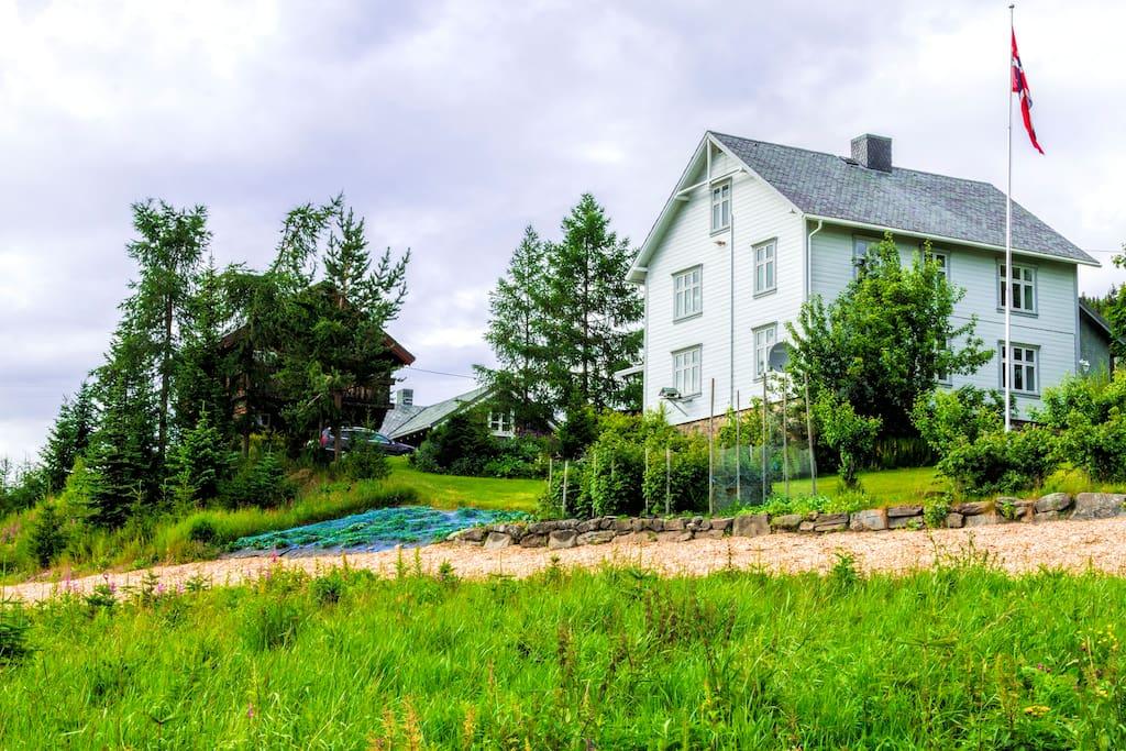 Hovedhuset til Eline og Øyvind