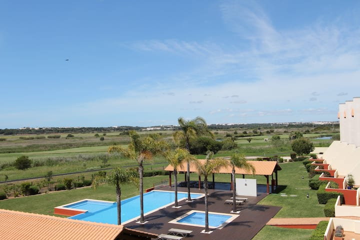 Golf Mar 93, 2Bed, Jacuzzi, Golf and Sea View,Wifi