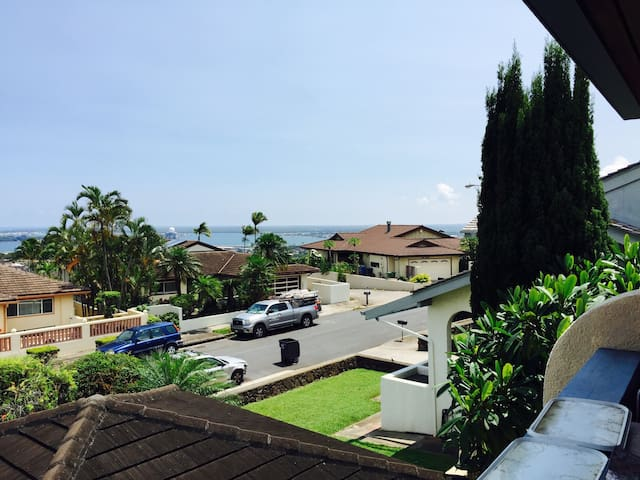 Pearl Harbor/ocean view home - Aiea - Huis