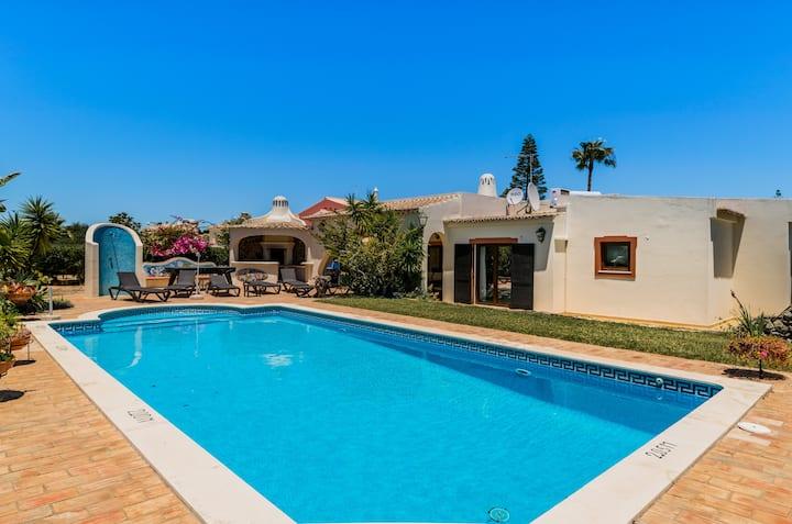 Pallasia Villa, Carvoeiro, Algarve !New!