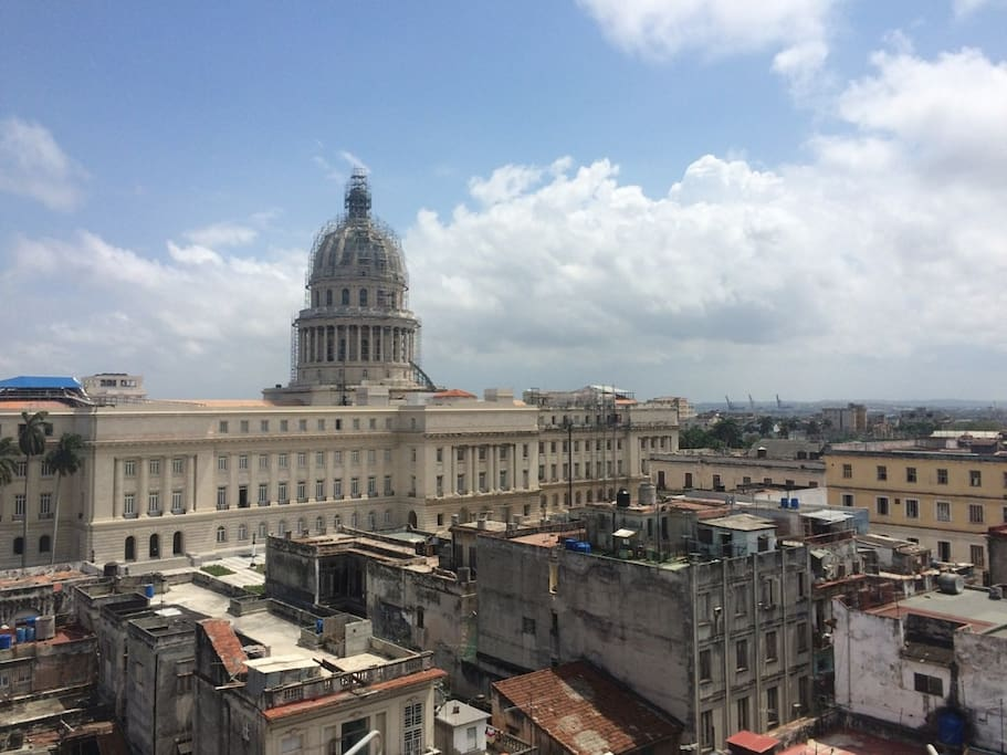 wonderful view of the Capitol from the flat's balcony