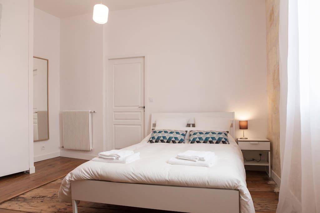 Appartement au centre ville de bordeaux flats for rent for Location appartement centre ville bordeaux