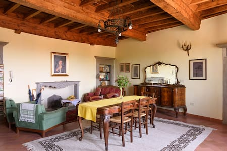 Tuscany apartment nearby Florence, Siena, Arezzo