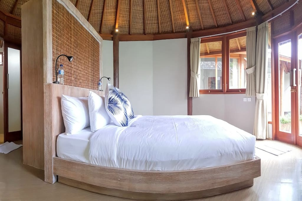 Comfort bedroom to pleasure yourself on your holiday.