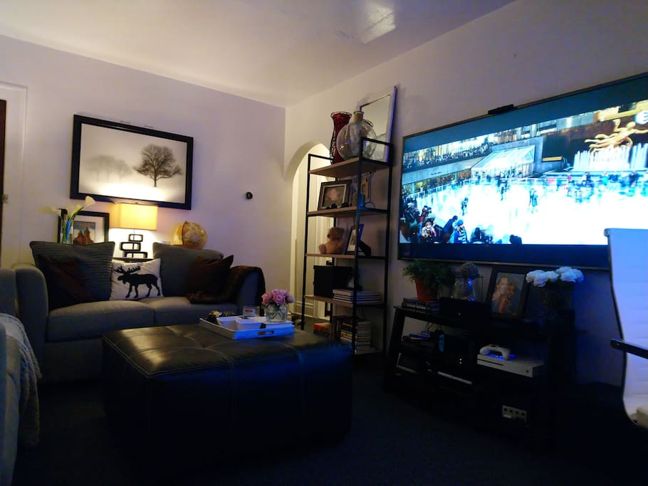 Watch TV and movies on a large 80inch ultra HD 4K HDR television with a 1200 W 3-D surround sound system it's like being at the movies as well as having hundreds of 4K movies available to you and streaming platforms from Netflix to Hulu to HBO Showtime etc. as well as all of the video game systems you could want to play while visiting from then Nintendo 3DS xl, To retro gaming with PlayStation 2 and Nintendo game cube as well as a PlayStation 4  and Xbox one S as well as the new Nintendo switch! With dozens of different titles for each! It's like being at the movies!