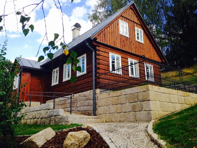 Beautiful Chalet in  Jizera mountains - Janov nad Nisou - Casa