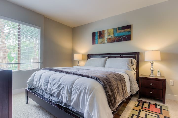 Cal-King size bed in the master bedroom
