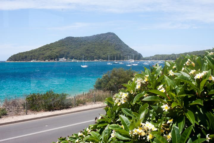 Waterviews at Shoal Bay - Shoal Bay - Apartment