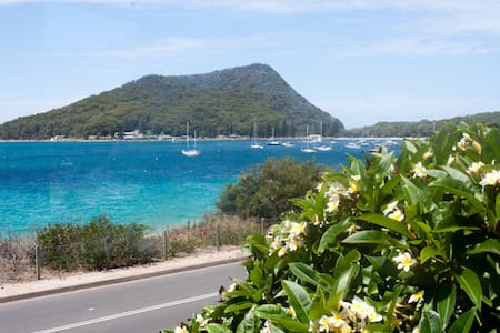 Waterviews at Shoal Bay - Shoal Bay - Apartament
