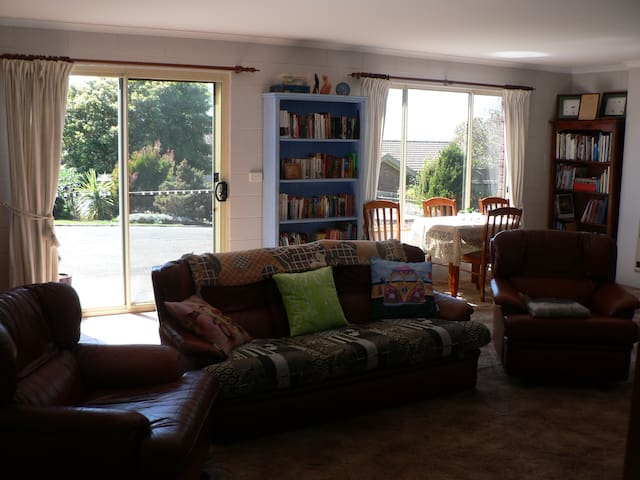 Cosy Self Contained Unit - Bridport - Wohnung
