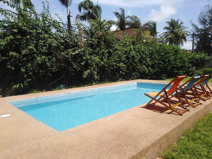 Ch. dans villa avec jardin et piscine en coliving