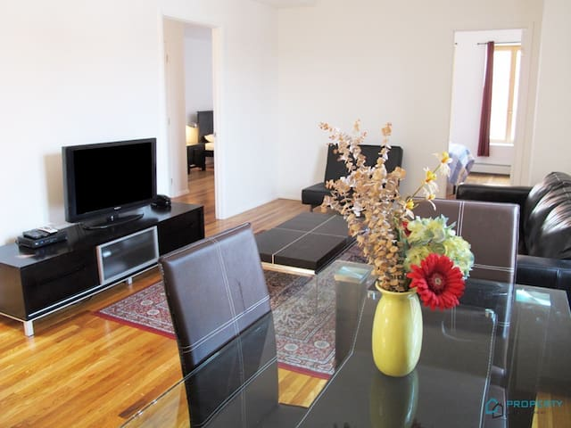 Great 3bed , 2bath in Little Italy