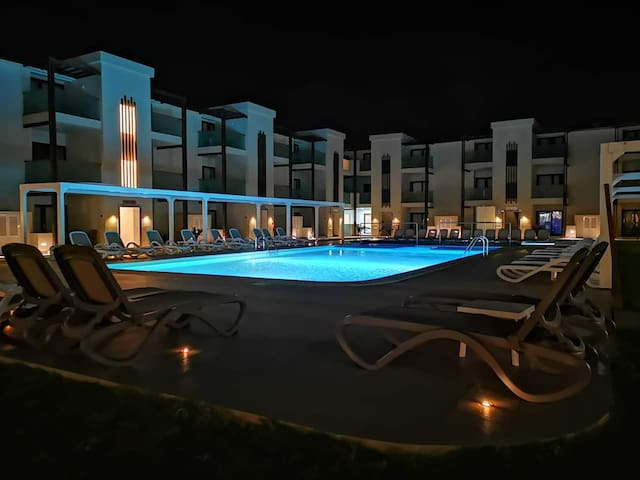 NEW APARTMENT IN RESORT  - PRIVATE BEACH AND POOL