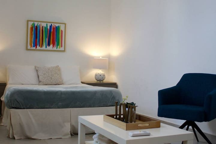 Loiza XXII Spacious 2BR on Trendy Loiza Street