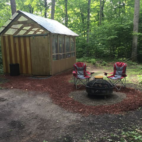 Woodland North Glamping