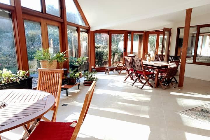 Beautiful modern and self-reliant Ainslie house.