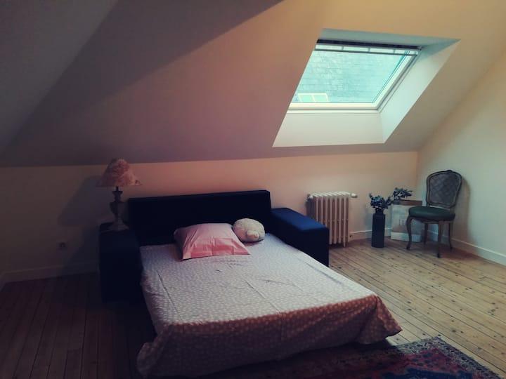 Chambre cosy dans maison de ville refaite à neuf