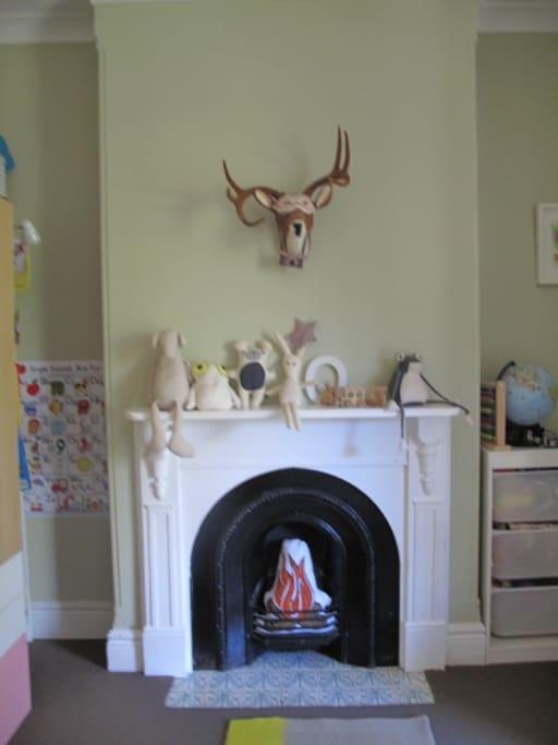 Bedroom 3: Kids room