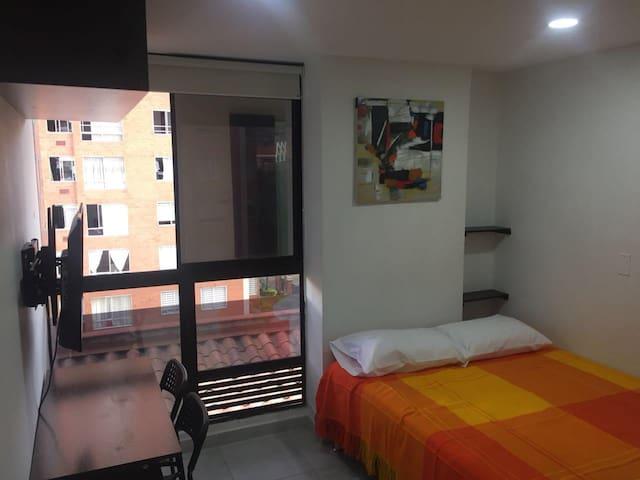 Apartaestudio Medellín, sector Los Molinos