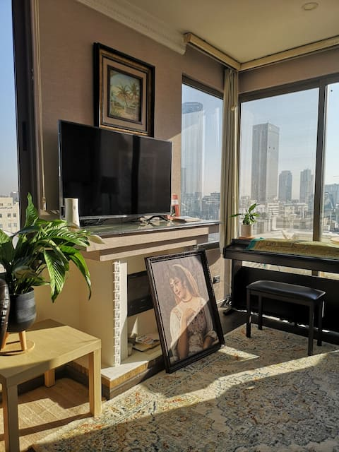 Rooftop studio with a view over Amman