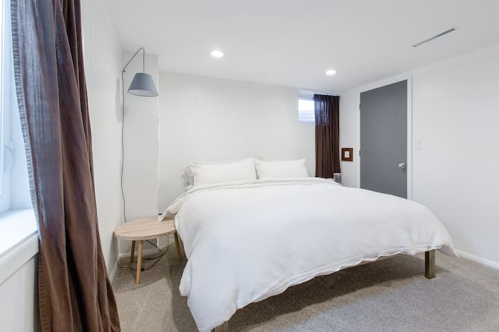 Centrally Located Cozy Denver Suite