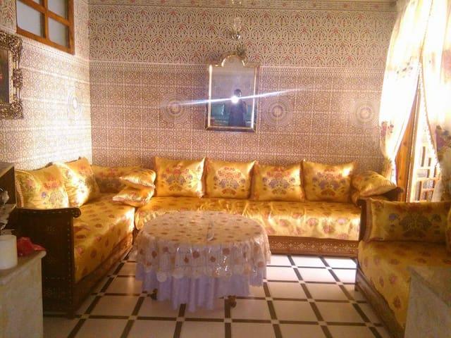 Nice &  spacious Entier apartment in Fez (centre) - Fès - Lejlighed
