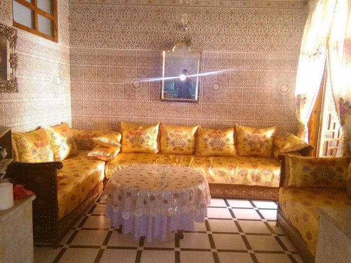 Nice &  spacious Entier apartment in Fez (centre)