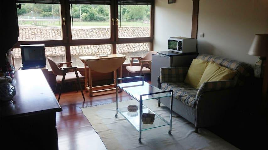 Tranquilo y cómodo apto.  en el valle de Iguña - Bárcena de Pie de Concha - Apartamento