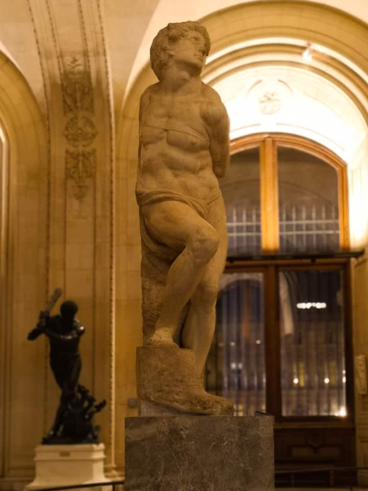 Do you know who did this sensual statue?