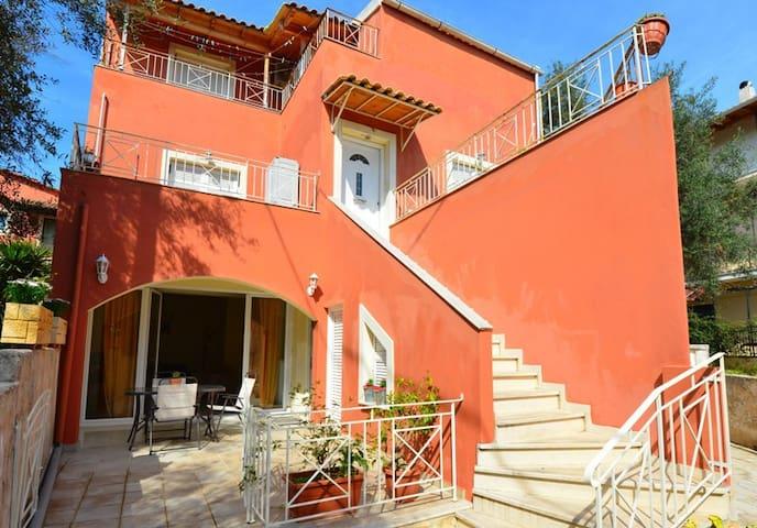 Corfu town Helen'sHouse
