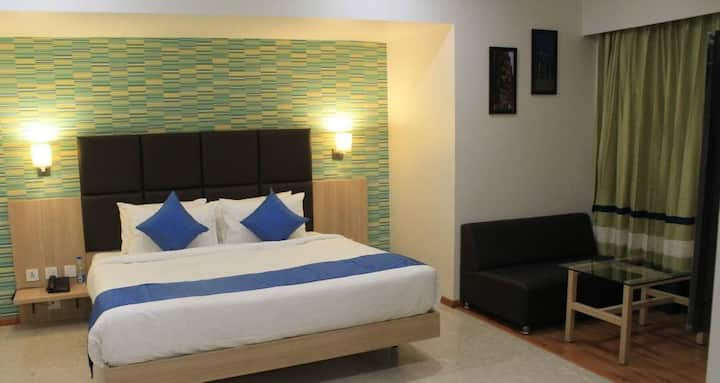 Magnus Star Residency - Business Hotel