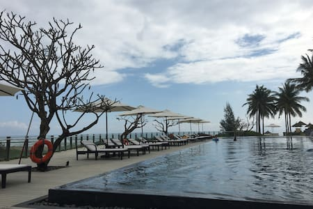 Beachfront Condo @ 5 Star Resort - Da Nang