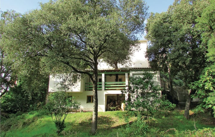 Nice home in Sagone with 2 Bedrooms