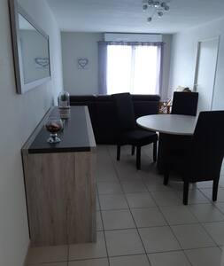 Appartement récent 52 m2 tout confort avec balcon