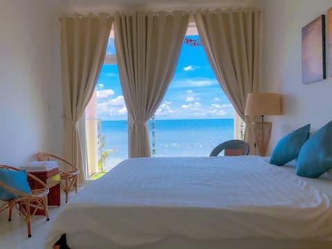 KD Beach House_ Live on the Beach_Sea view